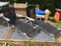 2x sun loungers