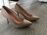 Brand new beige court shoe
