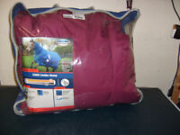 Outdoor Horse Rug with neck. Only used for one season. Excellent condition.