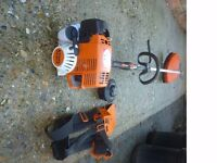 Stihl petrol strimmer near mint (sells now for £415 without harness see photo 2)