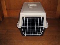 Cat/pet Carrier (medium size)