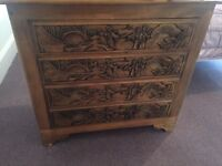 Wooden carved chest of drawers / dresser