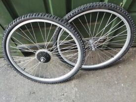 New alloy bicycle wheels