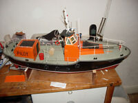 2 model boats for sale. ready to sail with radio