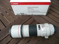 Canon 300mm F4.0 L IS Complete As New Boxed
