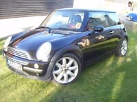 BMW MINI COOPER 2003 52 REG BLACK WITH RED CHILLI PACK HALF LEATHER