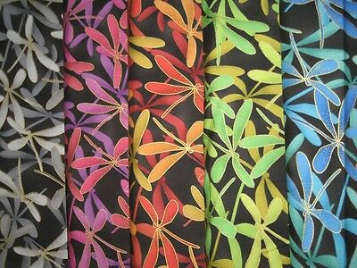 Kona Kona Bay Bay (Patchwork Quilt Stoff - Kona Bay Magi-01 Libellen  (16,- €/m))