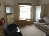 SUPERB STUDIO FLAT IN TW5, HESTON - FURNISHED W/FITTED KITCHEN - VERY SPACIOUS