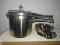 Pressure cooker 5.5l vgc