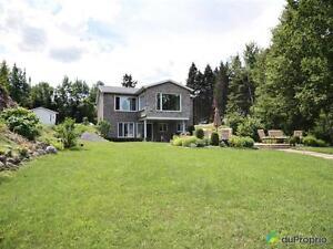 255 000$ - Bi-génération à vendre à St-Charles-De-Bourget Saguenay Saguenay-Lac-Saint-Jean image 1