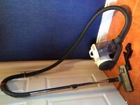 EXCELLENT CONDITION VAX Vacuum Cleaner- £5 off if you bring in any Hoover