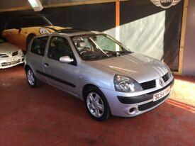 Lovely little Renault