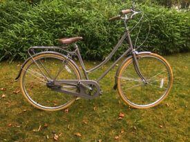 Bobbin Birdie Ladies Bicycle