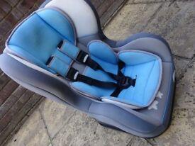 Car seat (0-4 years)