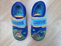 Boys 'Big Grippa' Clark's Doodles slippers size 8.5G / eur 26
