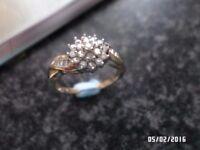 BEAUTIFUL 9 CT GOLD 0.33 CT DIAMOND RING SIZE O.