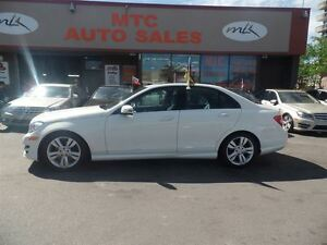 2012 Mercedes-Benz C-Class C300 4MATIC SUNROOF, LEATHER, LOW KM,
