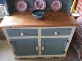 Stunning Pine Welsh Dresser / Display Cabinet