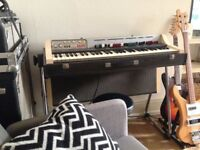 70's Farfisa Electric Organ vip 202r (needs servicing/doesn't work)