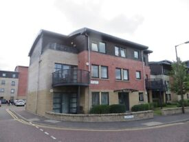 Meggetland - Newly decorated sunny 2 bed furnished flat with spacious kitchen and balcony