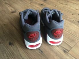Nike Air Max 90 Leather Grey - UK size 7.5