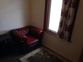 Double Room to rent in Barking - ready to move in now!