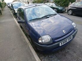 Renault Clio Grande. For Spares and Repairs. £100