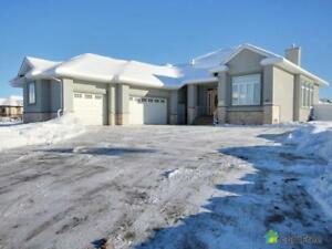$1,250,000 - Bungalow for sale in Parkland County