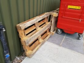 Wood Pallets - Free Wooden Pallets - No Charge!