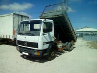 Left hand drive Mercedes Benz 814 K 6 cylinder 8.6 ton 3 way tipper. MOT till 2018.