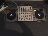 2 x Pioneer CDJ 800, DJX 700