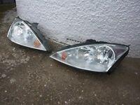 Ford Focus MK1 Headlights.
