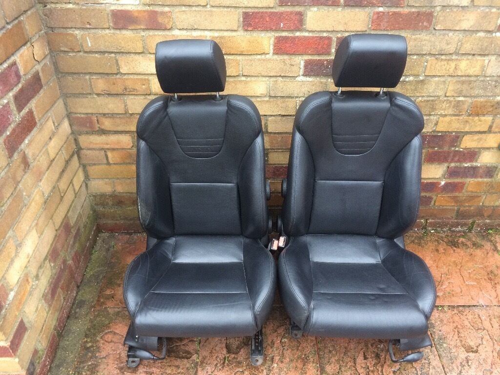 ford focus st 170 recaro leather seats breaking spares heated electric in hackney london. Black Bedroom Furniture Sets. Home Design Ideas