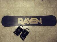 154cm Raven Snowboard + Large Bindings