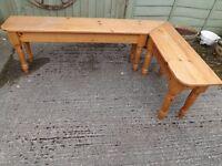 Pine corner bench seat