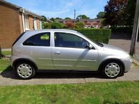 Vauxhall Corsa 1.2 Design Twinport (2005) 3 door hatchback ,long M.O.T Service History.