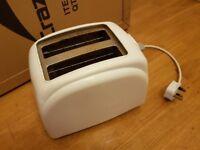 Toaster white