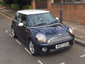 Stunning Black and White Mini Cooper 07 Plate. 81,000 Miles. Full Mini Service History.