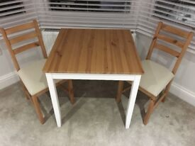 Dining & 2 Chairs