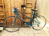 Vintage Peugeot Ladies Bike - Azurelle. Road / Town Bike