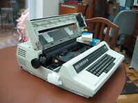Xerox 610 Word Processor with 2 new ribbons