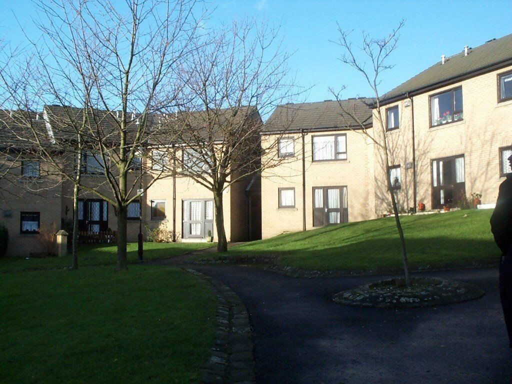 2 Bed First Floor Flat To Rent Fairbank Terrace BD8 9JS 45yrs & Over.