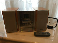 Panasoic mini hi fi system with 2 speakers