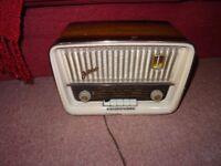 Telefunken Jubilate valve radio, wooden case.