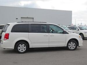 2012 Dodge Grand Caravan SE! Stow N Go! Power Options! London Ontario image 4