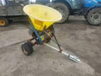 Quad atv Fleming towable salt fertiliser spreader tractor