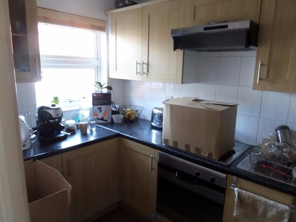MUST SEE 2 BEDROOM HOUSE IN BECKTON