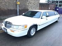 1999 LINCOLN TOWN CAR AMERICAN STRETCH LIMOUSINE ROYALE MODEL 4.6 AUTO WHITE DRIVES SUPERB CLEAN