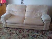 Very comfy settee