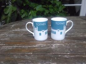 Bone china 'Totnes' mugs